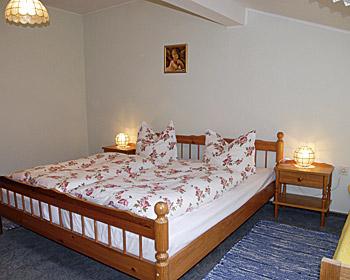 ferienwohnung 80 qm f r max 4 personen bayerischer. Black Bedroom Furniture Sets. Home Design Ideas